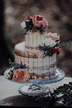 Inked-spiration Styled Shoot im Wald Sweets, Tattoo Bunt, Cake, Desserts, Wedding, Food, Style, Paper Mill, Garlands