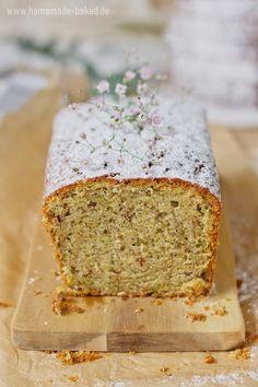 homemade and baked Food-Blog: {Rezept} Omas Zucchini-Mandel-Kuchen | Super saftig Zucchini, Baked Food, Banana Bread, Nom Nom, Homemade, Baking, Sweet, Desserts, Blog