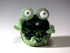 Frog paperweight, cute! Made in the USA
