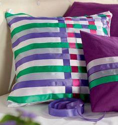 DIY Colorful DIY Decorative Pillows