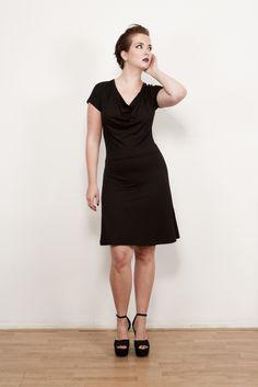 Leonie viscose tricot flattering dress with a-line skirt. On sale on www.hemeldress.com