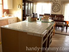 Handy Mommy: DIY Kitchen Island