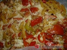 Μακαρόνια στο χαρτί από τον Β. Καλλίδη #sintagespareas Casserole Recipes, Pasta Recipes, Diet Recipes, Vegan Recipes, Cooking Recipes, Recipies, Recipe Images, Cookbook Recipes, Greek Recipes