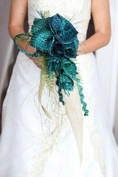 Wedding Birds, Purple Wedding, Diy Wedding, Wedding Decor, Wedding Ideas, Flax Weaving, Weaving Art, Flax Flowers, Fabric Flowers