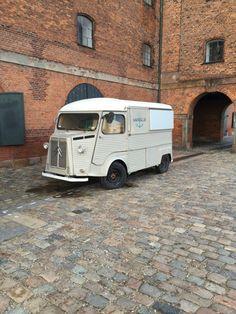 Vintage Citroen van in Copenhagen