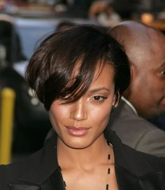 Selita Ebanks Short Hair - Find lots of fabulous short hair styles for black women worldwide at 1966mag.com