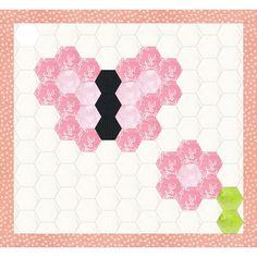Free baby girl butterfly hexagon quilt idea, design by Dorte Rasmussen Denmark