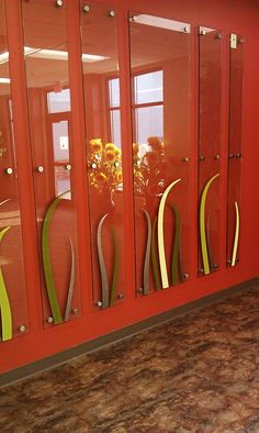 Custom architectural, artistic glass panel produced by Studio L. Glassworks.