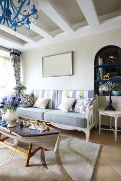 Design Tricks For A Small Living Room