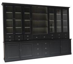 Buffetkast mega zwart Druten 370cm mega grote apothekerskast in het chique zwart met grijze binnenkant, 20 laden, open vak en facetglas in de imposante afmetingen van 370 x 260cm