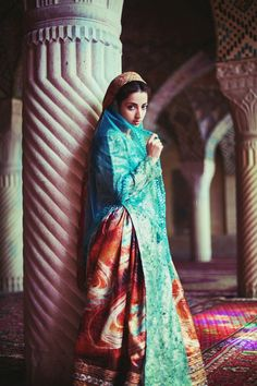 The Atlas of Beauty is a project of the fashion photographer Mihaela Noroc, who travel across the world in a road trip for the last 16 months in order to cr Iranian Beauty, Iranian Women, Persian Beauties, Persian Girls, Persian People, Hijab Style, Persian Culture, Beauty Around The World, Portraits