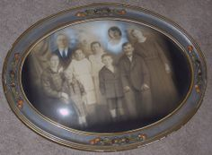 OVAL ANTIQUE FAMILY PORTRAIT - CARVED WOOD FRAME - BUBBLE/CONVEX/CURVED GLASS