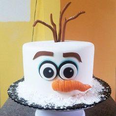 Marvelous Image of Olaf Birthday Cake Ideas . Olaf Birthday Cake Ideas Olaf Cake Ideas Re Beleve T Frozen Birthday Cake Ideas Easy Christmas Cake Designs, Christmas Cake Decorations, Holiday Cakes, Christmas Themed Cake, Christmas Cakes, Xmas Cakes, Tarta Fondant Frozen, Cupcakes Frozen, Olaf Cupcakes