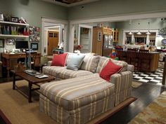 I just love the living room from the show Parenthood...