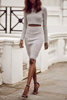 Summer long sleeve cropped at waist sweater and skirt in gray