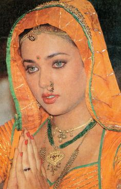 Retro Bollywood Beautiful Nature Pictures, Most Beautiful Faces, Beautiful Eyes, Vintage Bollywood, Indian Bollywood, Indian Film Actress, Old Actress, Indian Actresses, Bollywood Makeup