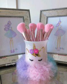 """135 curtidas, 2 comentários - Meu Arco-íris de Unicórnio (@meuarcoirisdeunicornio) no Instagram: """"Encantador! . . . #meuarcoirisdeunicornio #unicornio #unicorn #unicórnio #instaunicorn #unicornlife…"""""""