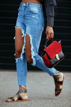 Wallaceyolicia-swiss-bloggers-DIY-how-to-make-big-hole-Knee-ripped-jeans-2016-casual-outfits-style