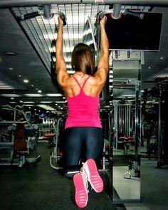 Каждая тренировка - дает уверенность и стремление к цели каждая пропущенная тренировка - развивает в тебе лень которая губит тебя #спорт #fitness  #motivation  #fitnesslife  #плечи #fit  #тренировка #зож  #фигура  #фитнес  #москва #fitnessmotivation #пп #сила #sports  #girl #девушки #настроение #весна  #тренажерка #спина #кач #будьвформе #форма #треня #зал #спортивноетело #спортзал #спортивныедевушки  by tweety_fitty