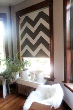 Turn Your Ugly Vinyl Roller Shade into a Work of Art ... roller shades are actually retractable blank canvases.