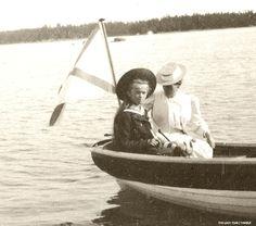 Grand Duchess Olga Nikolaevna with mother Tsarina Alexandra in a boat