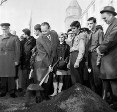 August 1968 na fotografiách Bratislava, Socialism