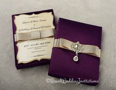 Such a beautiful invitation box! Plum and gold - the perfect combination…