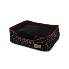 Crate Ideas are quite the experts in crafting stylish and functional pet accessories that you will like just as much as your dog does. Their collection is brimming with bright ideas, unique design and oodles of style but always fit for purpose. This stunning Lounge Bed for Dogs is the epitome of doggy delight and will give him many a sweet dream without you having to compromise the home decor - perfect.Additional information and key product features:The Kalahari Lounge Bed features a fun…