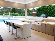 Basic Kitchen Area Concepts For Inside or Outside Kitchen areas – Outdoor Kitchen Designs Modern Outdoor Kitchen, Outdoor Kitchen Countertops, Outdoor Kitchens, Outdoor Cooking, Outdoor Entertaining, Basic Kitchen, New Kitchen, Kitchen Grill, Kitchen Cart