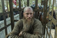 Episode 15 of Vikings Season 4 was the episode everyone had been anticipating — and dreading. Vikings showrunner, Michael Hirst, and the actor who plays Ragnar Lothbrok, Travis Fimmel, discuss . Vikings Tv Show, Ragnar Vikings, King Ragnar Lothbrok, Vikings Season 4, Vikings Tv Series, Travis Fimmel, Thor, Game Of Thrones, Bracelet Viking