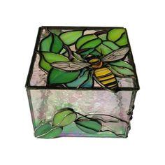 Stained Glass Jewelry Box, Treasure Storage Box, Bumblebee Keepsake Box, Glass A. Broken Glass Art, Sea Glass Art, Stained Glass Art, Fused Glass, Tiffany Glass, Glass Art Design, Glass Art Pictures, Glass Jewelry Box, Keepsake Boxes