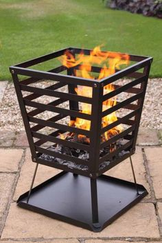 This garden brazier in a contemporary square design can be used to burn any unwanted garden waste or can be used as a patio heater.This compact garden incinerator comes complete with collection plate to catch any burnt ash and debris.