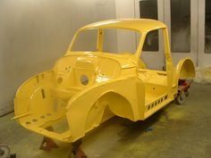 At last a yellow Morris Minor returns.  Now just to put it back together!