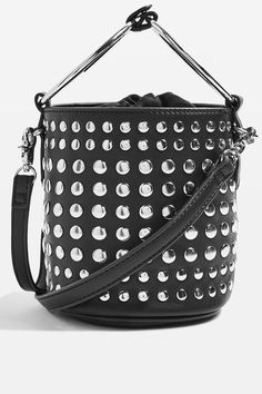 The best bucket bags to shop for the fall season: