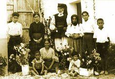 Orosei 1935, foto di famiglia.
