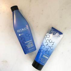 Dica de beleza... Para quem gosta de produto top para os cabelos!! A @redkenbrasil lançou a linha Mega Mask shampoos e condicionadores com o Complexo RCT Protein que é um sistema de liberação direcionada que libera o tratamento apropriado para cada nível dos cabelos. São 3 tipos de proteínas para as 3 áreas dos cabelos!! As raízes são nutridas com a estruturante Proteína de Soja. A Arginina proporciona condicionamento ao núcleo e o Sepicap ajuda a restaurar a aparência das pontas para um…
