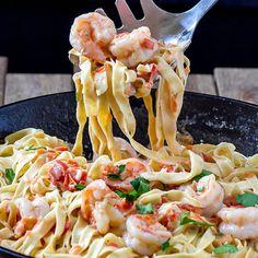 Fettuccine with Shrimp Sauce Recipe - RecipeChart.com