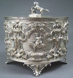Victorian silverplated biscuit barrel, 19th century England