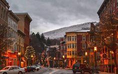 10 Best  Christmas Main Streets in Pennsylvania