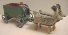 Vintage Erzgebirge Wooden Penny Toy Reindeer Wagon for Christmas Putz Village. (gojunkster/eBay)