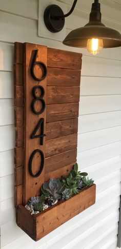 DIY house number sign / planter / Succulent garden - # Check more at House Front, Front Porch, Front Entry, Porch Decorating, Home Projects, Farmhouse Decor, Farmhouse House Numbers, Home Remodeling, Diy Furniture