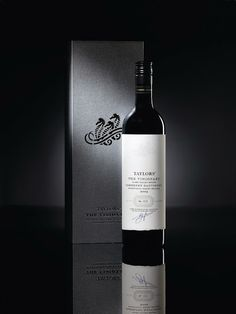 Taylors The Visionary Cabernet Sauvignon on Packaging of the World - Creative Package Design Gallery