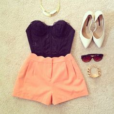 Loving this scallop pleated shorts