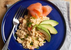SteveYoPaleo's Thoughts & Recipes: Scrambled eggs with smoked salmon. I'm. Lovin'. It!