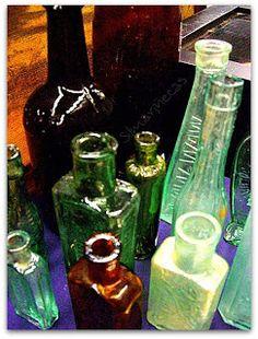 Botellas antiguas Feria desembalaje de antigüedades 2013