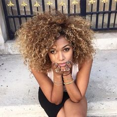 honey blonde curls