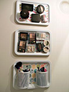 Organized make up