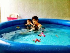 Me and nene Ranz Kyle, Tub, Dancer, Outdoor Decor, Bath Tub, Bathtubs, Bathtub