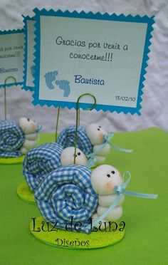 A cute fabric snail! Shower Bebe, Baby Boy Shower, Cute Gifts, Baby Gifts, Fabric Crafts, Sewing Crafts, Diy Y Manualidades, Baby Shawer, Ideas Para Fiestas