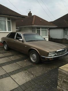 eBay: 1988 JAGUAR SOVERIGN CLASSIC RESTORE PROJECT ( Parked from ages )